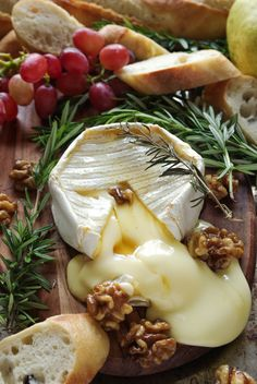 Easy Baked Brie with Honey and Candied Walnuts
