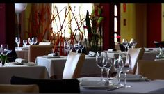 Luz y elegancia en Mar de Olivos Restaurante www.villanazules.com