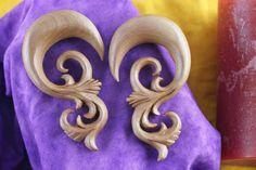 Ear Stretch Plug Hangers Carved Wood - A021