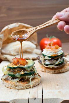 Montaditos de Calabacín con Setas Estas receta es ideal para rincipiantes y para los que quieran compartir con alguien su preparación...