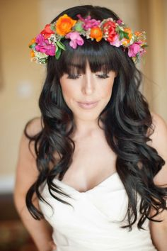 Fantastic Chic Wedding Hairstyles With Bangs ❤ See more: www.weddingforwar… The post Chic Wedding Hairstyles With Bangs ❤ See more: www. Wedding Hair Bangs, Wedding Hair Flowers, Wedding Hair And Makeup, Hair Updo, Flowers In Hair, Wavy Hair, Wedding Curls, Curls Hair, Braided Hair