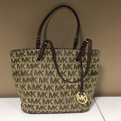 Michael Kors Brown/Tan Monogram Signature Purse Michael Kors Brown/Tan Monogram Signature Purse Michael Kors Bags Shoulder Bags