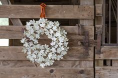 Leave-Him-Thanks-wreath. Each leaf is a cutout of a portion of a hymn or Scripture.