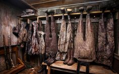 Mossy Oak Mud Room - for the reloading room Cano fabric and barn wood Hunting Cabin, Duck Hunting, Hunting And Fishing Man Cave Ideas, Hunting Gear, Reloading Room, Gun Rooms, Waterfowl Hunting, Men Closet, The Ranch
