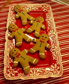 Xmas Food, Christmas Sweets, Christmas Cooking, Christmas Love, Christmas Ideas, Xmas Cookies, Gingerbread Cookies, Gingerbread Houses, Christmas Food Photography