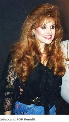 Rebecca Holden, Vintage Hairstyles, Cool Hairstyles, 70s Hair, Full Hair, Hair Photo, Ginger Hair, Hair Pictures, Celebs
