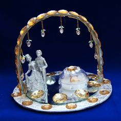 Ring Tray With Couple Statue (Click To Buy | Only Rs 650)
