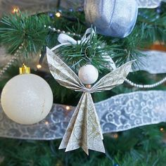 love, life and crafts Rudlis: origami angel tutorial