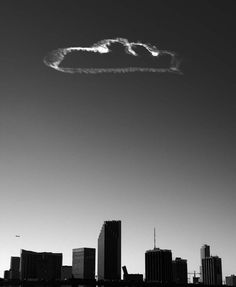 Vik Muniz Cloud cloud, Miami Pictures of Cloud, 2006 Gelatin Silver Print 127 x 101,5 cm