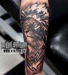 Tatuaje León a Leo Baptistao - Miguel Bohigues - Vtattoo