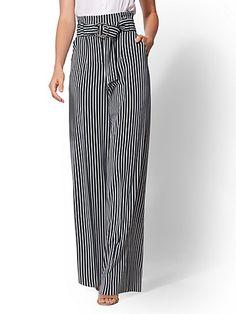 Avenue Pant - Petite Paperbag-Waist Palazzo - Green Stripe - New York & Company Fashion Pants, Fashion Outfits, Emo Fashion, Fashion Women, Looks Chic, Pants Pattern, Palazzo Pants, Mode Style, Green Stripes