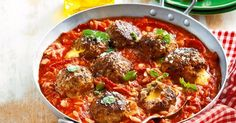 One-pan mozzarella meatball bake: The pasta cooks in the oven with these gooey cheese-centred meatballs. Veal Recipes, Mince Recipes, Slow Cooker Recipes, Pasta Recipes, Chicken Recipes, Cooking Recipes, Fun Recipes, One Pot Meals, Easy Meals