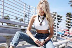 90s comeback girl high waisted jeans leather crop top venice beach california