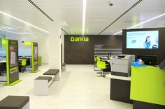 Implantación de nueva imagen en Bankia oficina ágil Desktop Screenshot, Ideas, Flooring, Offices, Interiors, Blue Prints, Thoughts