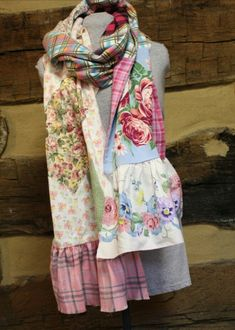 Estilo Folk, Altered Couture, How To Wear Scarves, Hippie Outfits, Textiles, Cycling Outfit, Diy Clothing, Scarf Styles, Refashion