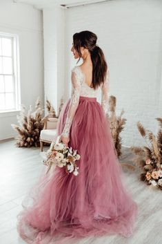 by Sweet Caroline This show stopping tulle skirt is available in a huge variety of colours! The sample at RTF Essex is this gorge Mauve. Stunning Wedding Dresses, Boho Wedding Dress, Wedding Dress Styles, Elegant Wedding, Princess Wedding Dresses, Tulle Wedding Skirt, Colored Wedding Dresses, Bride Dresses, Dresses To Wear To A Wedding
