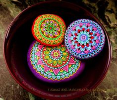 Hot colors for cold winter evenings #paintedstones #mandala