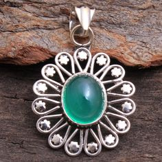 Natural Green Onyx Gemstone Flower Shape Pendant Jewelry 925 Sterling Silver Hand Made Stylish Pendant Jewelry Length by arishakreation on Etsy Diy Jewelry Necklace, Shell Jewelry, Cute Jewelry, Modern Jewelry, Pendant Jewelry, Silver Jewelry, Jewelery, Star Pendant, Pendant Set