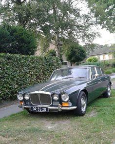 Daimler Sovereign 4.2 / 1-8-1971 / Emmen Jaguar Cars, Jaguar Xj, Automobile, Jaguar Daimler, D Brown, Xjr, Commercial Vehicle, Life Inspiration, Motor Car