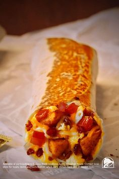 You can keep on pinning pictures of fluffy eggs and crispy bacon. But why do that when there's a better way for your appetite to awaken? Breakfast well, with Toasted Breakfast Burritos from Taco Bell. Breakfast Burritos, Breakfast Menu, Sweet Breakfast, I Love Food, Good Food, Yummy Food, Pecan Recipes, Crockpot Recipes, Breakfast Crunchwrap