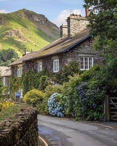 village of Grasmere right in the heart of Cumbria in the Lake District, England… English Villages, English Cottages, Lake District Cottages, British Countryside, Cumbria, Derbyshire, Belle Photo, Places To See, Beautiful Places