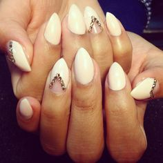 Beautiful bling stiletto nails