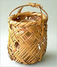 Iizuka Kunseki -Japanese Bamboo Art