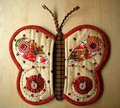 How to DIY Butterfly Potholder | iCreativeIdeas.com Follow Us on Facebook --> https://www.facebook.com/icreativeideas