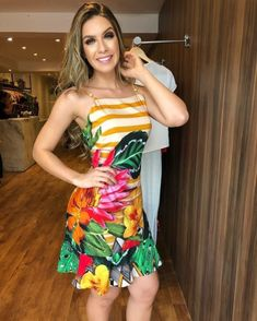 Image may contain: 1 person, standing Dressy Dresses, Dress Outfits, Dress Up, Girls Dresses, Bodycon Dress, Fashion Outfits, Womens Fashion, Tropical Dress, Summer Outfits