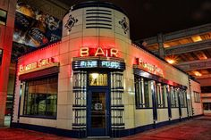 Elwood Bar and Grill Detroit Michigan