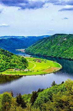 Danube River in Austria. Beautiful Nature Pictures, Amazing Nature, Nature Photos, Beautiful Landscapes, Beautiful World, Wonderful Places, Beautiful Places, Amazing Places, Places To Travel