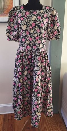 Vintage 80s Laura Ashley Made in Great Britain Floral Garden Dress - 12 US 14 UK #LauraAshley #Garden