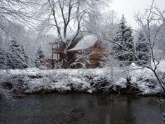 Blue Ridge mountain, vacation cabin to rent --Sigh....