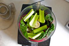 Juice in a Food processor - cheese cloth! Veggie Recipes, Vegetarian Recipes, Healthy Recipes, Vegan Smoothies, Smoothie Recipes, Veggie Juice, Veggie Food, How To Make Juice, Kitchen Recipes