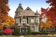 Beautiful Victorian house in Port Huron. Photo by Paul at Mud Creek Photo.  -my hometown, i have always been in love with this one!
