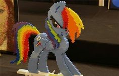 Lego Rainbow Dash. Wow!