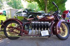 The 1930 Henderson Inline 6 Cylinder The Henderson Motorcycle Co started out in… Antique Motorcycles, American Motorcycles, Cars And Motorcycles, Indian Motorcycles, Harley Davidson, Henderson Motorcycle, Motos Retro, Motorcycle Engine, Mopeds