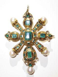 Rare 18th Century Emerald Pendant Gold