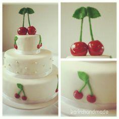 Hochzeitstorte/Weddingcake made by me! http://karinhandmade.blogspot.co.at/2014/08/meine-erste-selbst-dekorierte.html