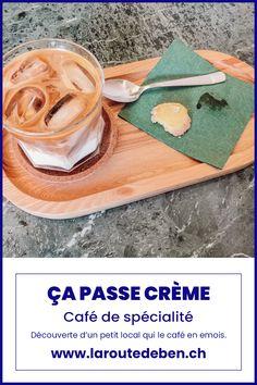 Ça Passe Crème est un petit café situé proche de la gare de Lausanne et propose un café de spécialité. #lausanne #suisse #coffeeshop #café Lausanne, Coffee Shop, Small Coffee Shop, Train Station, Switzerland, Fine Dining, Coffee Shops, Loft Cafe