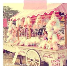 My vintage circus party :) Pink cotton candy cart Candyland, Candy Cart, Candy Floss, Vintage Carnival, Vintage Circus, Vintage Candy, Carnival Themes, Fun Fair, Pink Cotton Candy