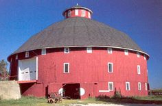 Largest round barn in Indiana...still used as a working barn. Someday, I am going to do a pictorial history of barns...what history!