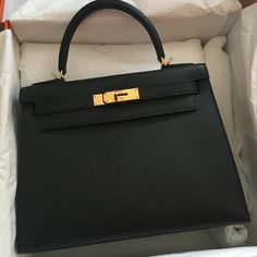 c4ff5950fc98 Hermes kelly 28 Black gold hardware Fendi