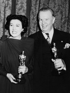 """Katina Paxinou - Best Supporting Actress Oscar for """"For Whom the Bell Tolls"""" and Charles Coburn - Best Supporting Actor Oscar for """"The More the Merrier"""" 1943 Academy Award Winners, Oscar Winners, Academy Awards, Real Movies, Old Movies, Golden Age Of Hollywood, Old Hollywood, Classic Hollywood, Best Actress"""