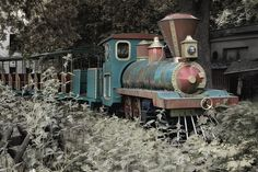 abandoned /  from a amusement park! Small and a short ride! Or from a nother place.