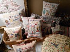 Patriotic Smalls Basket by Brenda's Stitching Blog. Love it