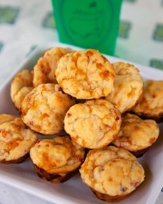 Pimento Cheese Muffins Recipe {The Masters} - pimento cheese baked into yummy muffins. Great as a snack, breakfast for with dinner. Bisquick, buttermilk, sugar and pimento cheese. Ready to eat in 10 minutes! Muffin Recipes, Bread Recipes, Cooking Recipes, Drink Recipes, Cooking Tips, Vegetarian Recipes, Chicken Recipes, Healthy Recipes, Little Muffins
