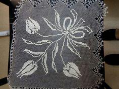 İğne oyası Emine Zehir Needle Lace, Eminem, Diy And Crafts, Tapestry, Decor, Templates, Hanging Tapestry, Decorating, Dekoration