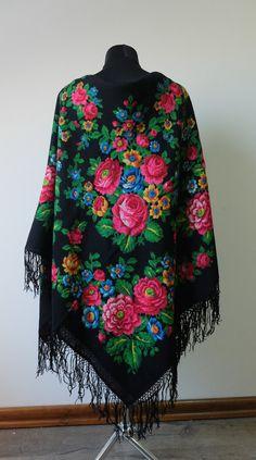 Vintage shawl.Large Black Flower Shawl.Floral by StyleVintageShop