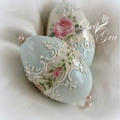 Pearl Egg Crafts, Easter Crafts, Egg Shell Art, Carved Eggs, Easter Egg Designs, Easter Parade, Egg Art, Egg Decorating, Vintage Easter